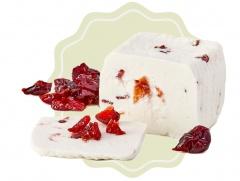 Kozí sýr přírodní s brusinkami